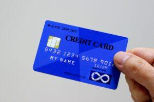 如何使用信用卡购买所有百货公司通用的礼券